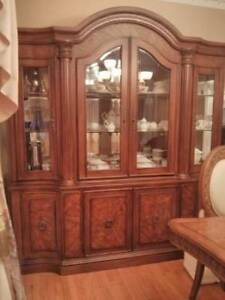 Glass display cabinet - like new condition - FREE