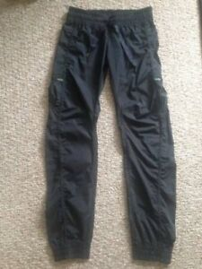 Lululemon !! Leader of the track pants BLACK