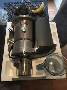 Breville juice fountain elite juicer  - like new