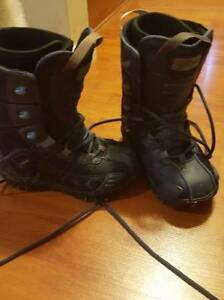 Used Snowboard Boots Size 6 or 6.5 Women's