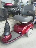 Invacare BUZZ Center Drive 3 Wheel Electric Scooter