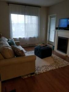 ROOM FOR RENT/HOME SHARE