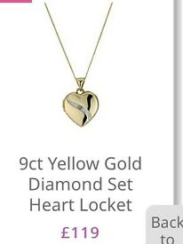 BRAND NEW UNWANTED H SAMUEL GOLD DIAMON LOCKET