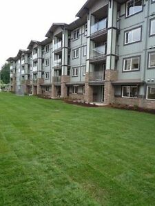 $90 / 2br - The Perfect Home Away From Home, Garden Suite! (EA)