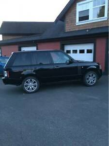 2010 Land Rover Range Rover HSE LUX SUV