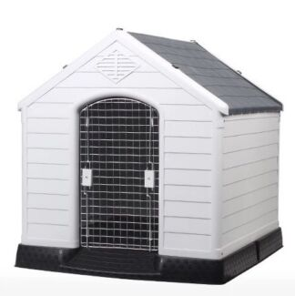 Large kennel/ house with removable steel door