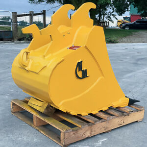 EXCAVATOR & BACKHOE TOOTH BUCKET, CANADIAN BUILT