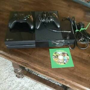 Xbox One System, 2 controllers, game