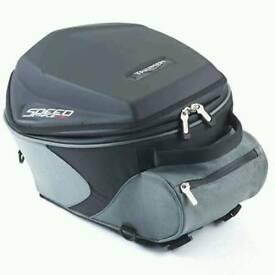 Genuine Triumph Speed Triple tank bag 16 - 20l