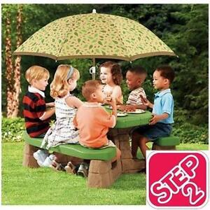 NEW* STEP2 PICNIC TABLE W/ UMBRELLA - 118931169 - NATURALLY PLAYFUL