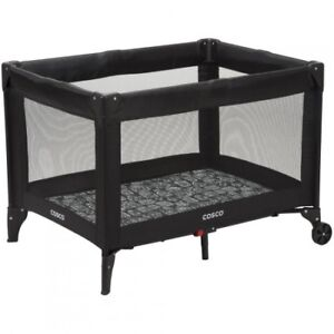 Baby play pen - Funsport - $10 OR BEST OFFER