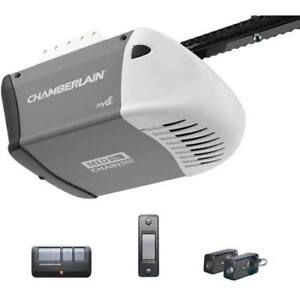 (Reservé Julio) Used Chamberlain garage door opener.