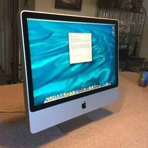 "***Apple iMac 20"" /****** Works great / From 2008 ****"