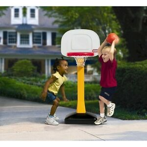 LITTLE TIKES KIDS BASKET BALL HOOP NET WITH STAND $ 20.00 Cambridge Kitchener Area image 1