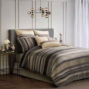 Brand new Queen Size Comforter set
