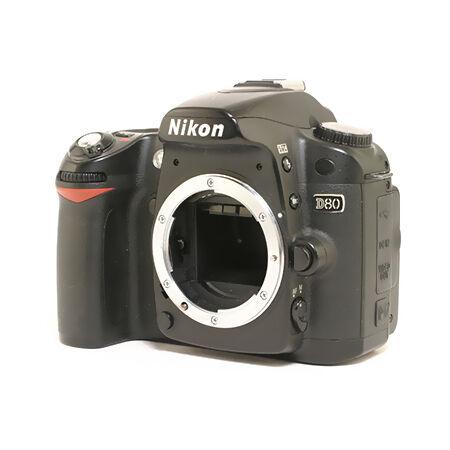 Review of Nikon D80 Fe...