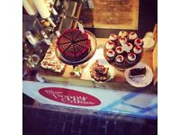 Baristas, Cakes shop assistants and night baker/pastry chefs wanted