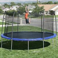 almost new trampoline and enclosure
