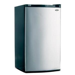 Oster 3.0 cu. ft. compact refrigerator, New
