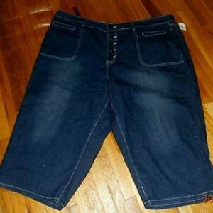 New With Tags-3X Button Fly Blue Denim Capris Sarnia Sarnia Area image 1