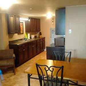 STUDENTS ONLY - 2 Bedroom apt close to collage