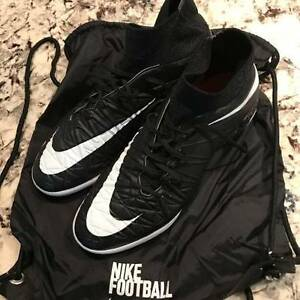 Nike HyperVenom Proximo Street IC Indoor Soccer Shoes Size 10.5