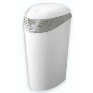 First Years Odour-Free Diaper Pail with 2 liners