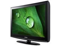 """Samsung 32"""" HD Ready 720p LCD TV with Freeview"""