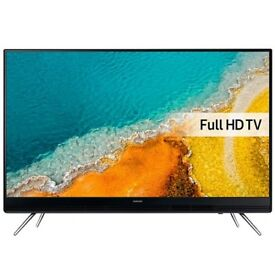 "Samsung 32"" new in box led hd with FREEVIEW"