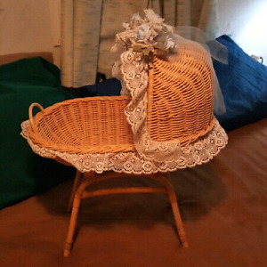 Wicker doll crib or bassinet