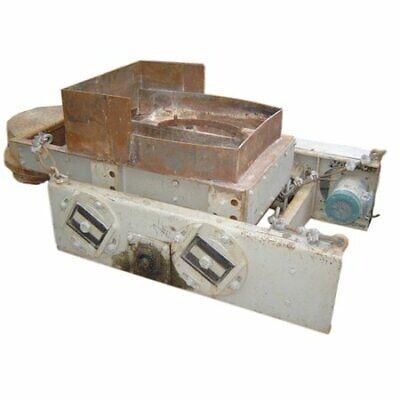 24 W X 51 L Eriez Electro-mechanical Vibrating Feeder