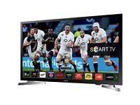 Samsung 32 Inch HD-Ready Freeview HD LED Smart TV - Black