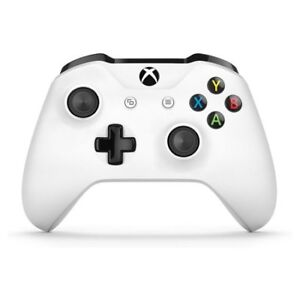 white xbox one controller and shadow of war