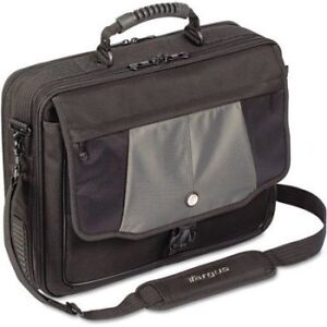 "Targus Blacktop Deluxe 17"" Laptop Case BRAND NEW"