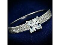 PRINCESS CUT STERLING SILVER SWARVOSKI ELEMENTS RING WITH GIFT BOX WEDDING ENGAGEMENT RING