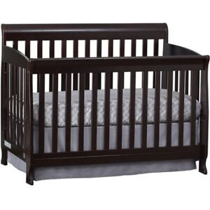 3 in 1 convertible crib + Firm Mattress + Bedding set