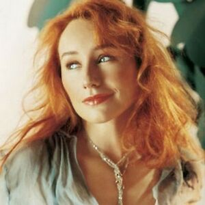 TORI AMOS - Collection: 13 CDs, 3 livres