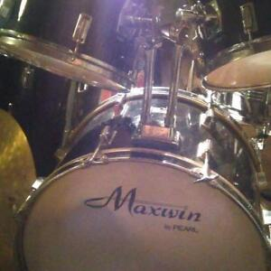 Black Maxwin Pearl drums only $350