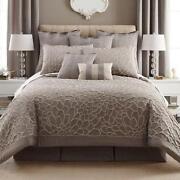 Liz Claiborne Comforter