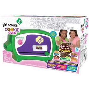 Girl scout oven *** new in the box***   Never open