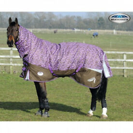 WeatherBeeta Freestyle 1200D Combo Neck Medium Turnout Hore Rug 5'9