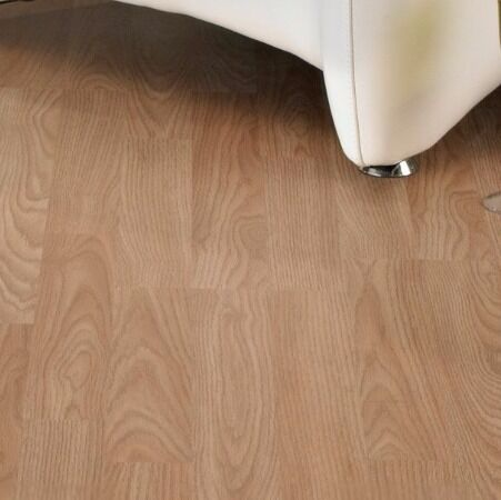 Oak Effect 3 Strip Laminate Flooring 9 X 3m2 Unopened Packs 6mm
