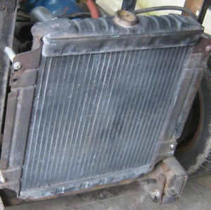 Ford Radiator for 6 cylinder inline engines