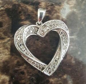 925 Sterling Silver Heart Shaped Pendant with Authentic Diamonds