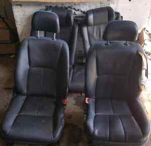 Infiniti G35 Black leather seats