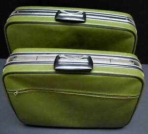 Two-piece soft-sided luggage / suitcase set