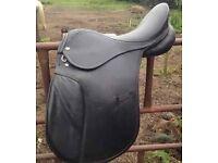 "18"" Wide Black Leather Sadddle"