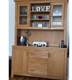 Oak display unit / cabinet / sideboard