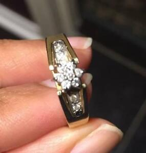 Natural Diamonds Yellow Gold Engagement or Proposal ring (size 6-7) with Beautiful Design RESIZABLE