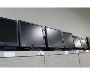 SALE - 15 x Computer Monitors - Viewsonic VE510b, VE710b, VA703b